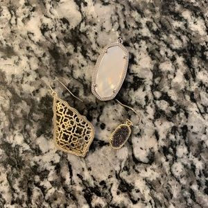 Kendra Scott SINGLE earrings